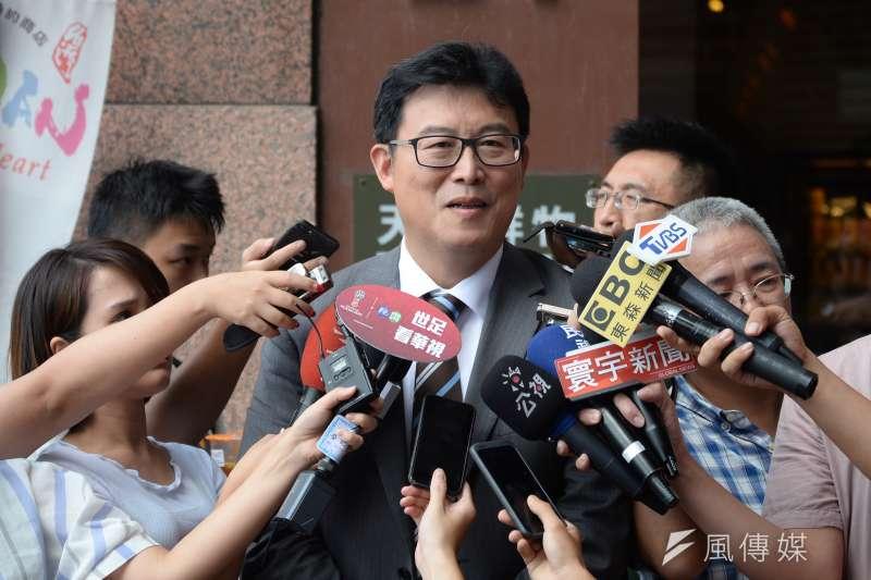 台北市長參選人姚文智受訪。(甘岱民攝)