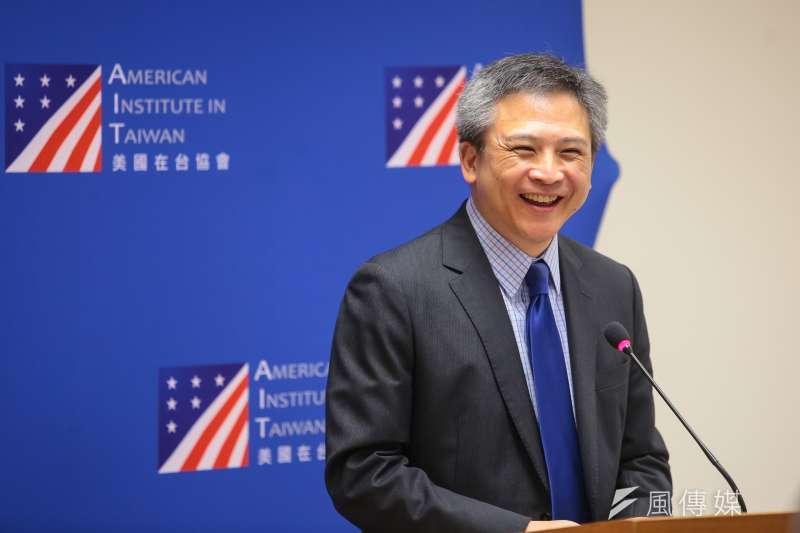 美國在台協會處長梅健華將離任,幽默表示只是回華府,不是要入土。(顏麟宇攝)
