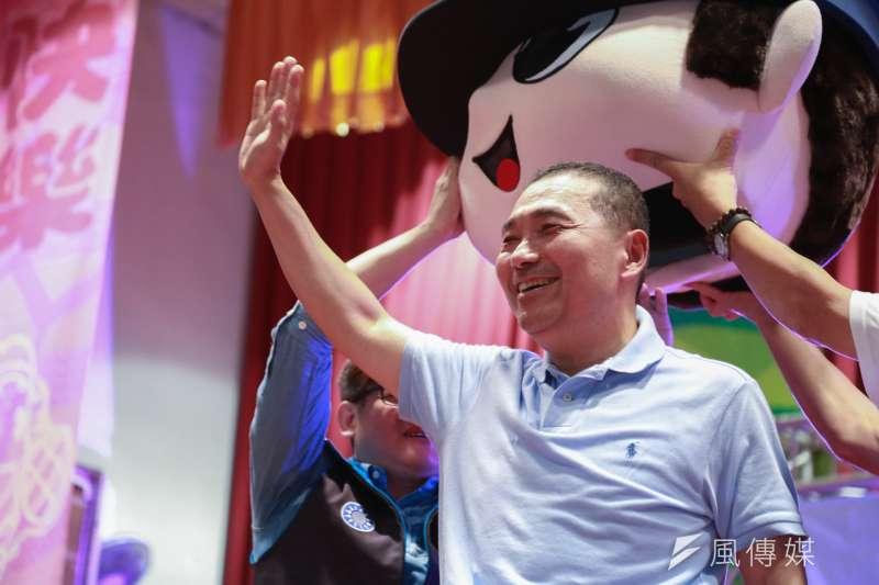 20180707-國民黨新北市長參選人侯友宜今(7)日參加新店童樂會。(簡必丞攝)