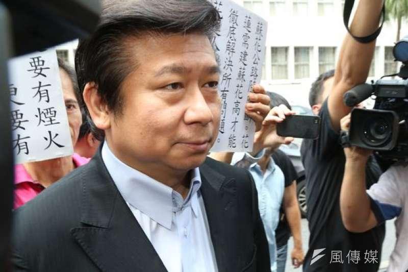 陸委會前副主委張顯耀傳將在農曆年過後,宣布投入藍營台北市長初選。(資料照,吳逸驊攝)