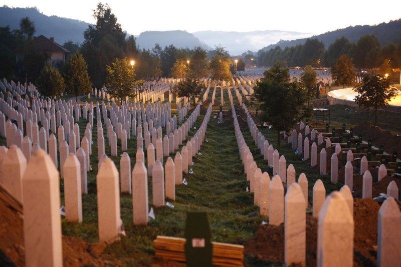 雪布尼查大屠殺(Srebrenica massacre)20周年(美聯社)