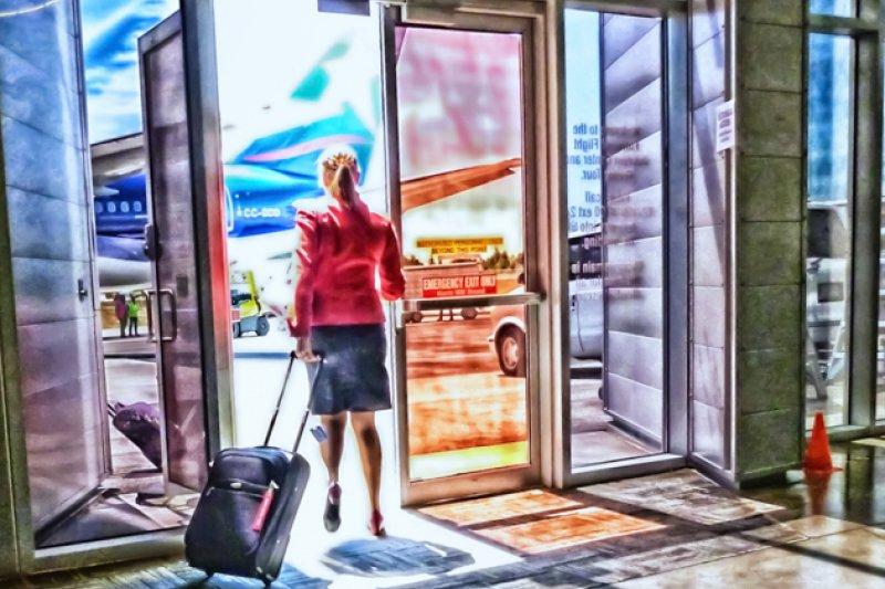 該怎麼才能快速又實用的打包出國行李,讓空姐告訴你!(圖/Joe Kunzler@flickr)