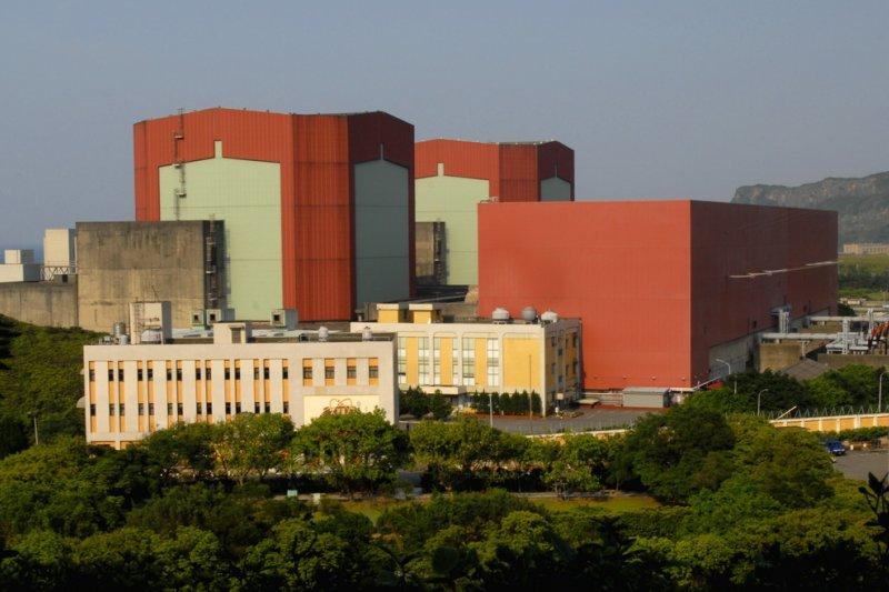 這些天,台灣的上空很「核氣」,核電重啓沒有人抗議哩 !(取自核能看透透網站)
