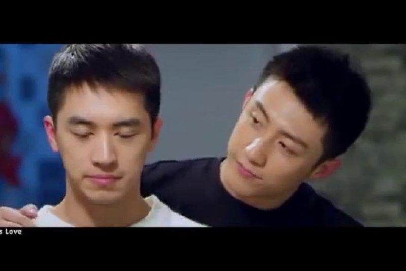中國同志網路劇《上癮》(youtube影片截圖)。