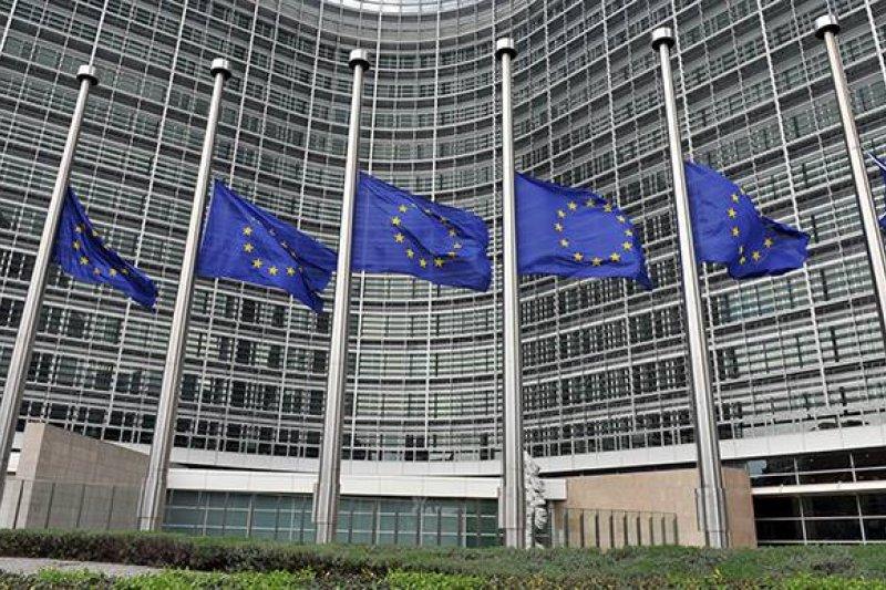 歐盟成員會領導人針對比利時布魯塞爾恐怖攻擊發表聯合聲明,譴責此攻擊行為是「一個針對我們開放民主社會的攻擊」,歐盟將採取一切必要措施來堅決面對威脅。(取自歐洲經貿辦事處臉書)