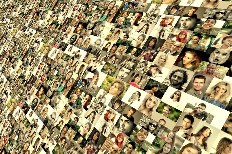 研究顯示,越常看臉書,可能讓我們越討厭自己⋯⋯(圖/pixabay)