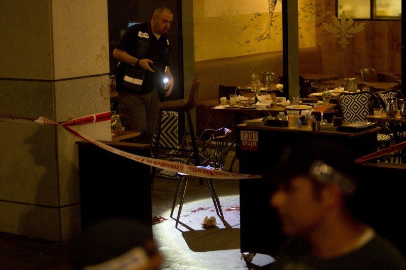 特拉維夫沙羅納市場的死亡槍擊案。(美聯社)