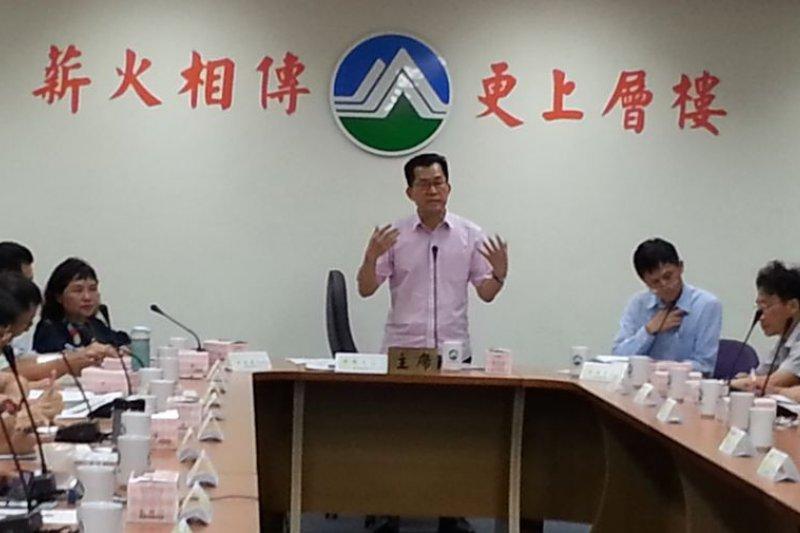 環保署長李應元邀環團討論環評困境,但環評的困境並不在環保署。 (朱淑娟攝)