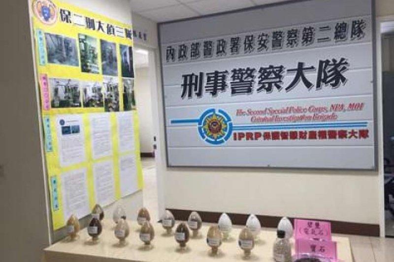 新芳奈米驚傳離職員工「帶槍投靠」別家公司,並赴中國招商設廠,被害業者遭侵權市值達新台幣26億元。(警方提供)