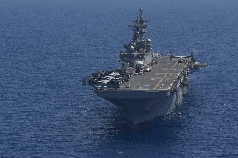 正在地中海巡弋的胡蜂號兩棲突擊艦。(美國海軍官網)