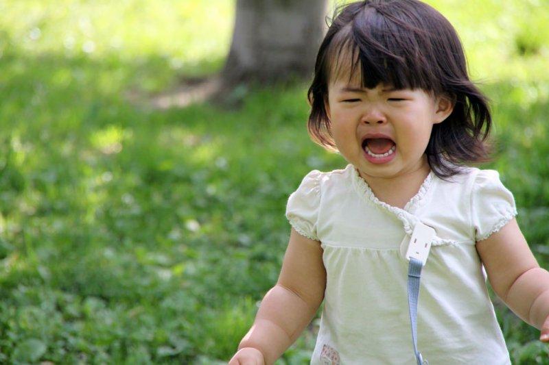 孩子情緒失控時,請好好關心他的內心世界。(圖/MIKI Yoshihito@flickr)