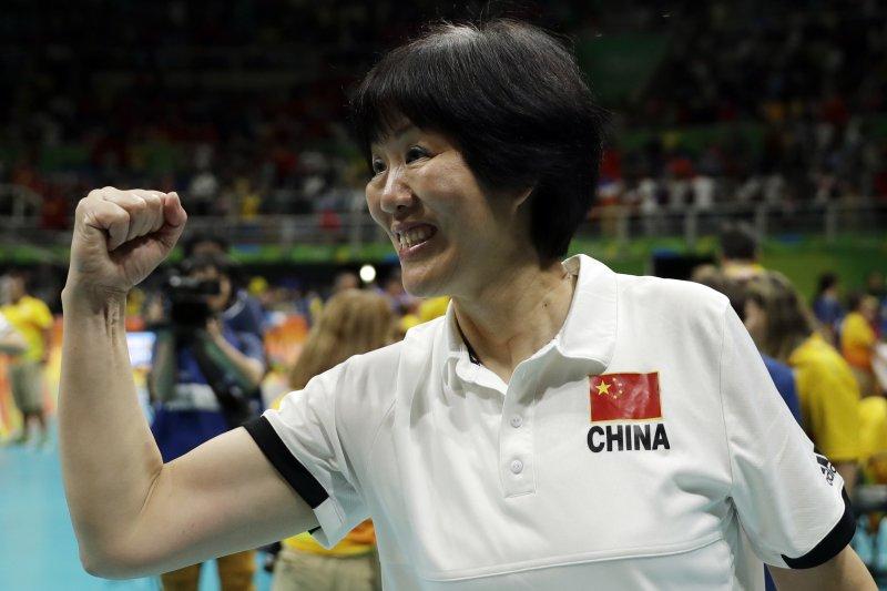中國女排奪得里約奧運金牌,主教練郎平居功厥偉(AP)