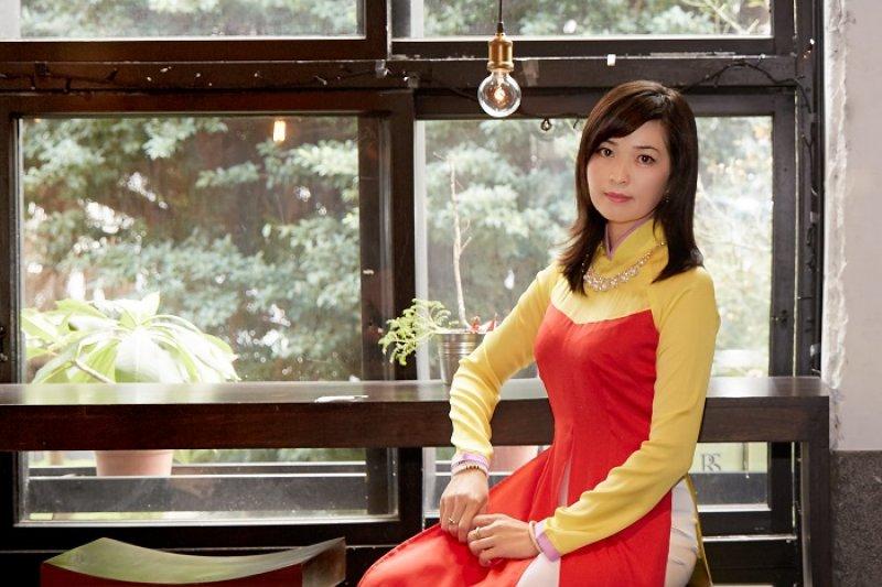 從越南嫁來台灣的阮金紅,8年後她勇敢結束與前夫的痛苦婚姻,完成紀錄新移民姊妹故事的《失婚記》(圖/美麗佳人提供)