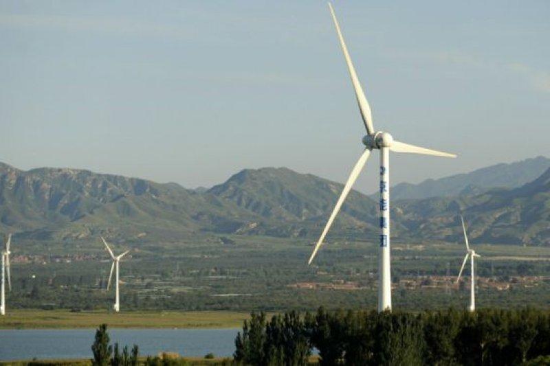 中國的一處風力發電場。(BBC中文網資料照)