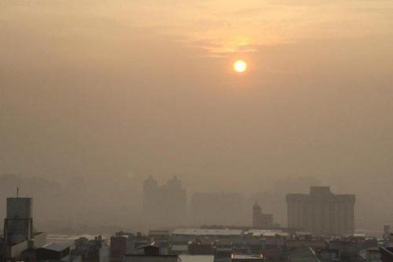 中部地區霾害紫爆(主婦聯盟環境保護基金會台中分會)