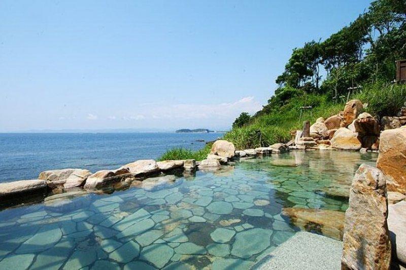 日本絕景溫泉,你去過幾處呢?(圖/HotelsCombined提供)