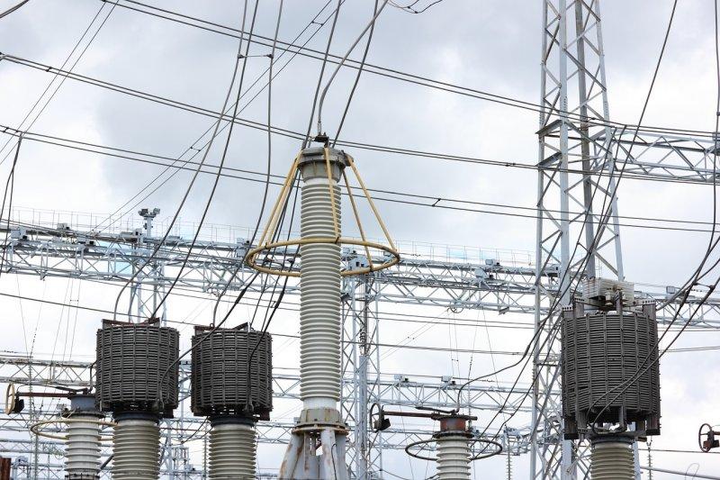 通過「電業法」修正案後,其中有一關係重大的條文竟遭忽略。(資料照,圖/olafpictures@pixabay)