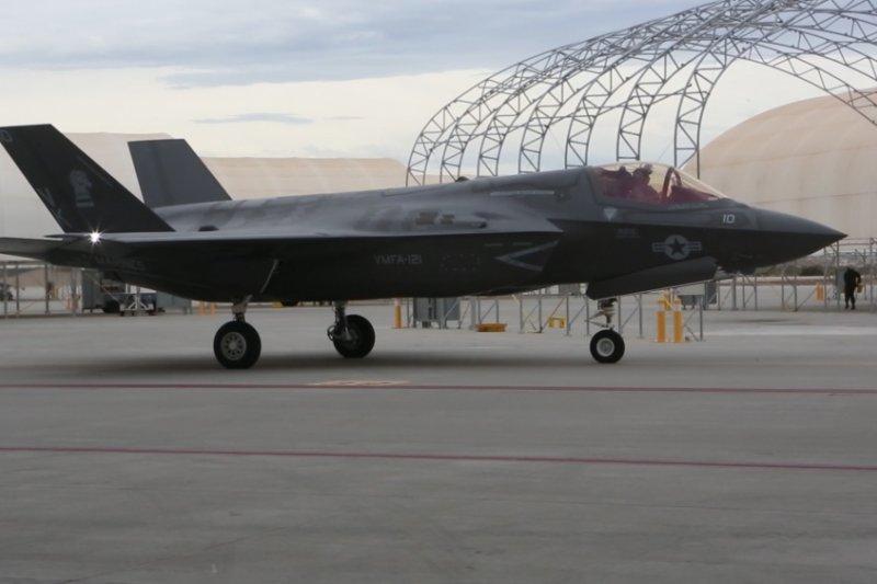 準備移防日本岩國基地的美軍VMFA-121中隊F-35B。(美國陸戰隊)