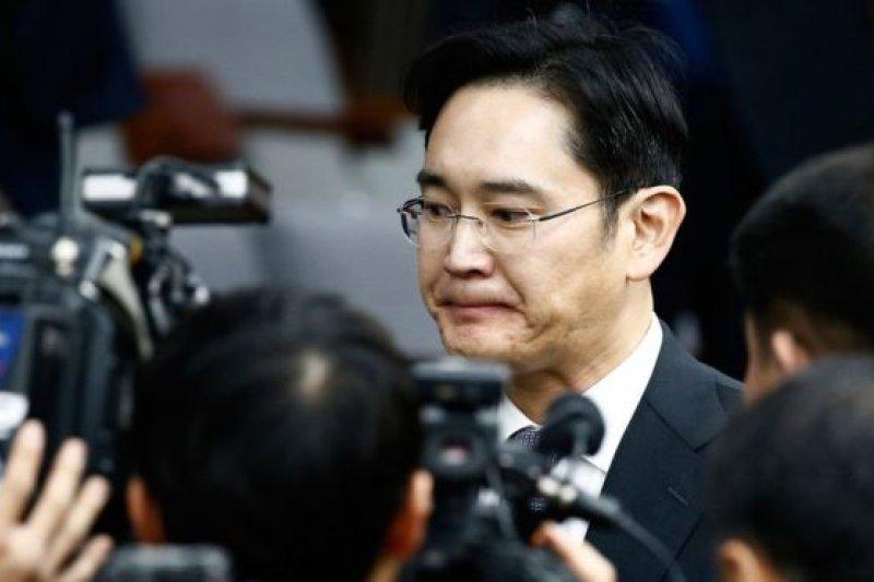 李在鎔此前已經向政界人士提供了醜聞的有關證據。(圖取自BBC中文網)