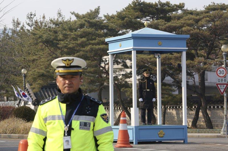 南韓總統府青瓦台入口(AP)