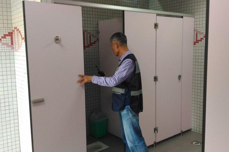環保署今天在行政院院會呈報「優質公廁推動計畫」,未來6年將編列49億元預算。(取自臺北市政府工務局公園路燈工程管理處網站)