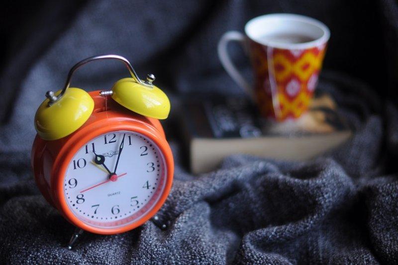 每天起床時,你第一個念頭是什麼?(圖/Sanah Suvarna@Unsplash)