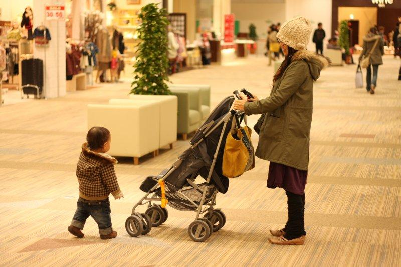 看了眾多失蹤兒童父母為了尋找愛兒一夜白頭的故事,可以肯定的是,對於這些哀哀父母來說,所謂人間煉獄,恐莫過於此。圖中人物與事件無關。(取自Toshimasa Ishibashi@flicker)