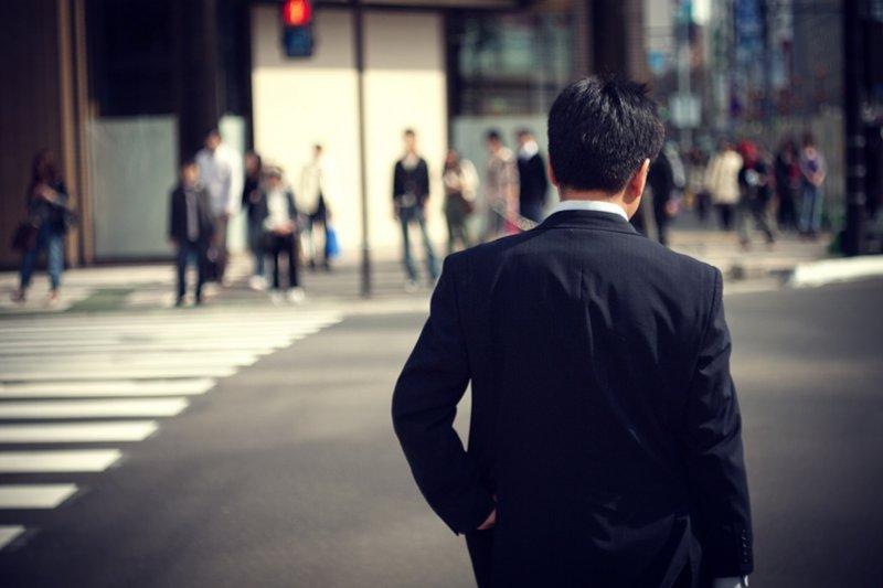 頂著高學歷進入職場或許會加分,但還有這些前輩經驗你更需要知道...(圖/Hiroyuki Takeda@flickr)