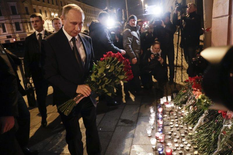 俄羅斯大城聖彼得堡(Saint Petersburg)3日發生地鐵爆炸案,死傷慘重,普京總統悼念(AP)