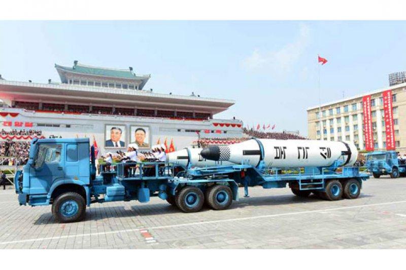 北韓2017年太陽節大閱兵,北極星一型飛彈亮相。(勞動新聞)