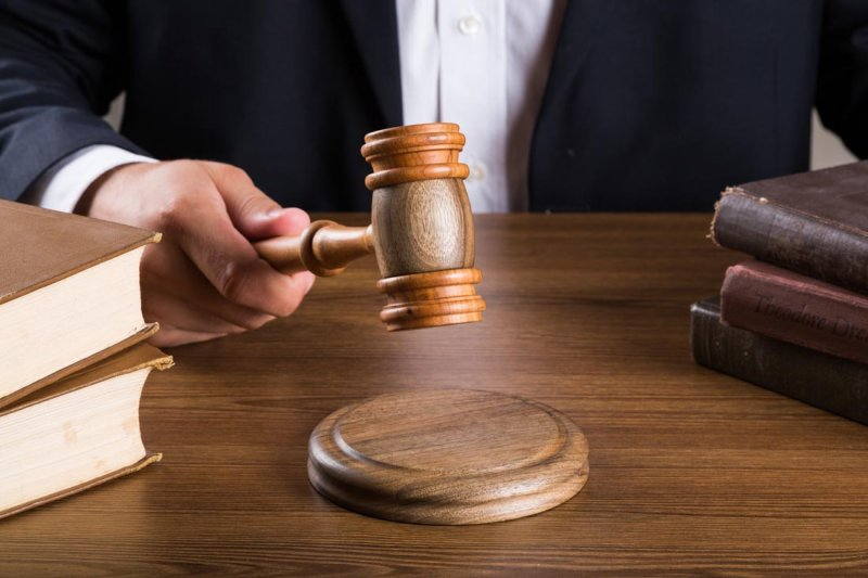 高額的訴訟費用、漫長的時間成本,常常讓受侵權的創作人望之卻步。(取自www.16sucai.com)