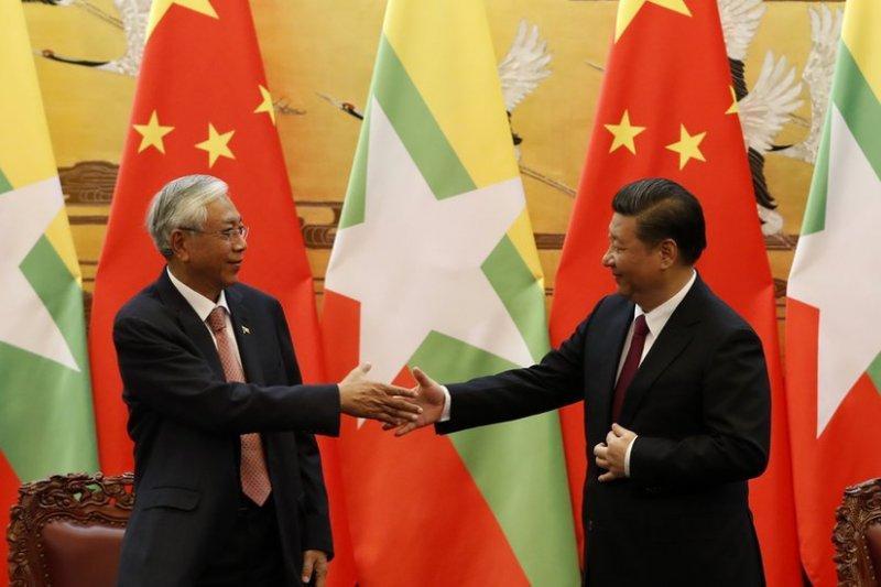 4月10日,中國國家主席習近平在北京會見緬甸總統吳廷覺。(BBC中文網)