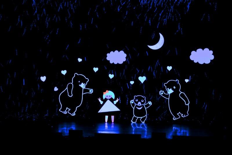 紙風車劇團也說,台北首演國家戲劇院四個場次共四千多張票,接近完售的表現,證明紙風車劇團沒有在這波寒流中被擊退。(紙風車劇團提供)