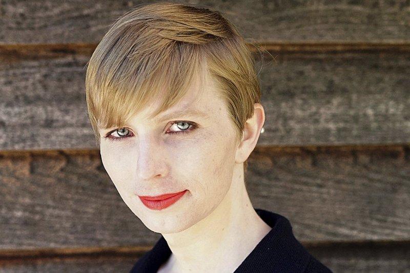 美國跨性別前士兵曼寧因犯下該國史上數一數二大的機密文件洩密案而服刑7年,她17日從美國最高安全軍事監獄出獄後,18日就在推特公開最新造型,引來網友讚聲連連。(美聯社)