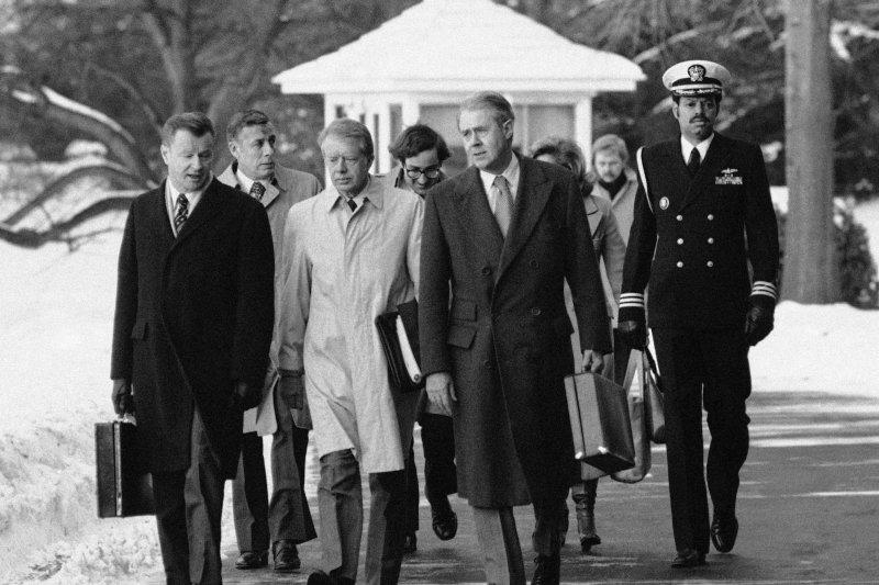 1979年的美國領導階層,左起:白宮國家安全顧問布里辛斯基、卡特總統、國務卿范錫(AP)