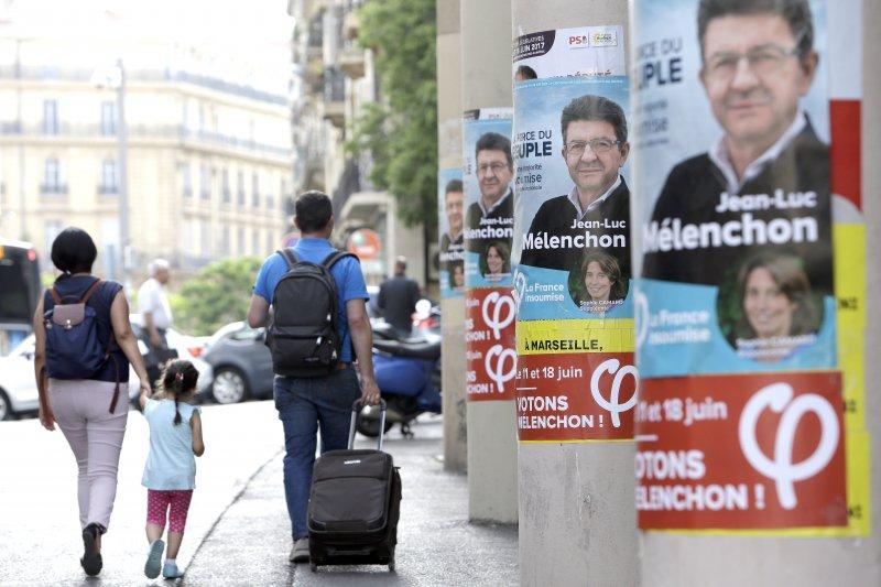法國國民議會選舉第一輪投票11日登場(AP)