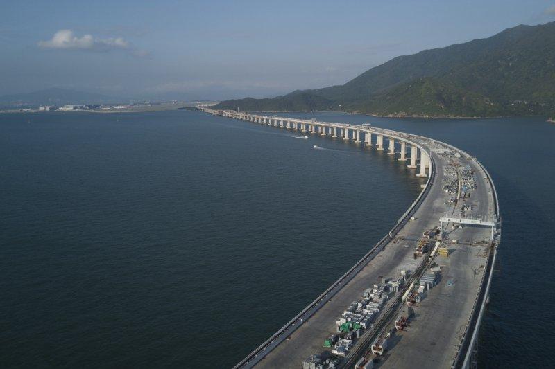 正在建設中的港珠澳大橋(新華社)