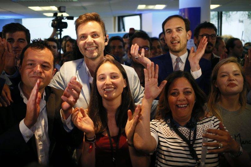 法國總統馬克宏領導的中間派新政黨「共和國前進」(REM)在6月18日的國會選舉中大勝。(AP)