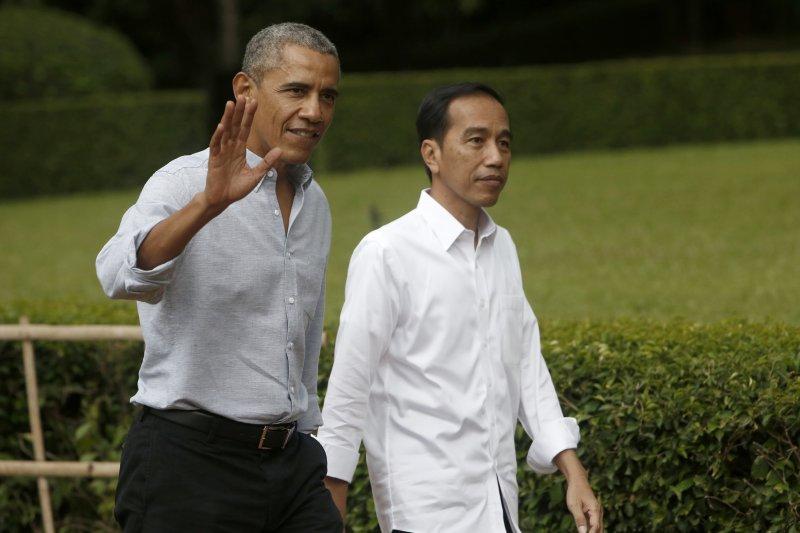 歐巴馬到兒時家園印尼度假,並與印尼總統佐科威會面(AP)