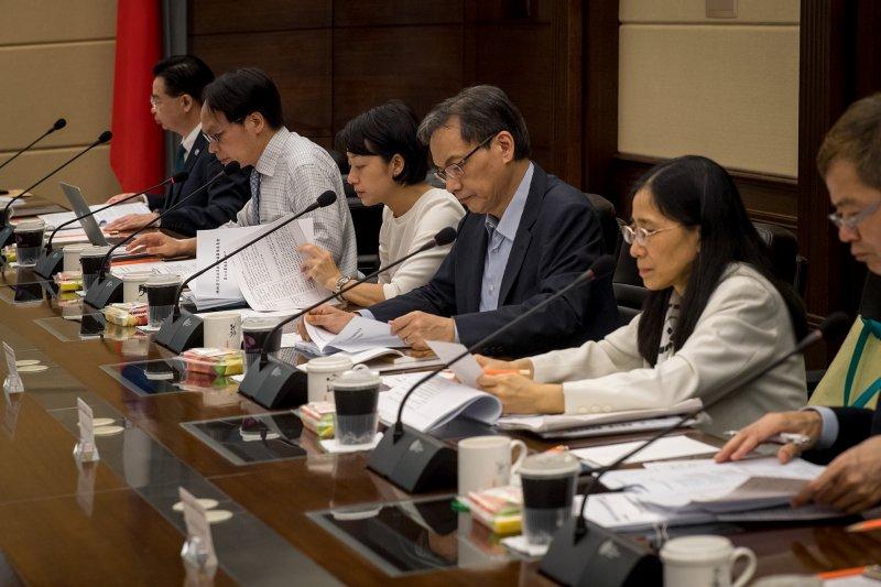 法庭直播是司法改革的重要議題之一。圖為司法改革國是會議籌備委員會第六次籌備委員會議(總統府)