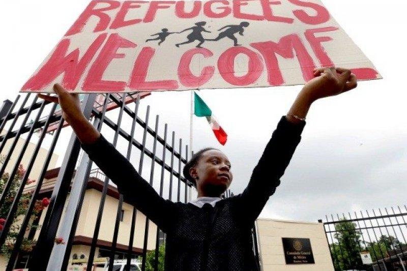 墨西哥一個非政府組織為敘利亞年輕學子奔走,目前已有10位敘利亞學生抵達墨西哥就讀,開啟新的人生。(AP)