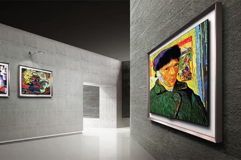 電視越來越輕薄,在 OLED 技術下,只要加個畫框就可以成為一幅畫了(圖 / 擷取自LG 官方網誌)