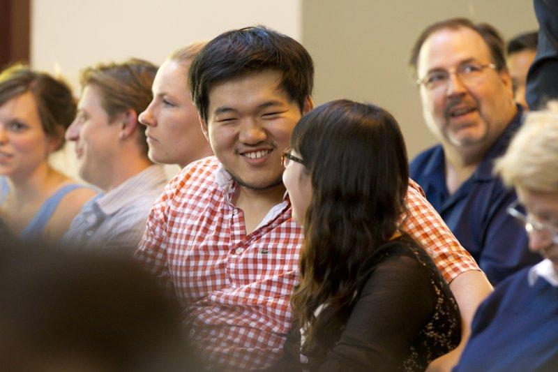 台灣年輕人迫於長期低薪及低就業率環境,選擇赴大陸及國外工作。(示意圖/UC Davis College of Engineering@Flickr)