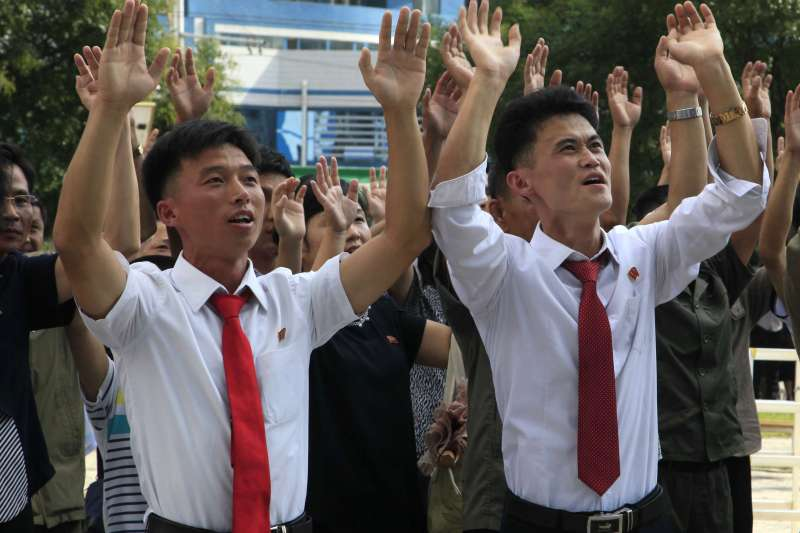 2017年9月3日,北韓進行氫彈試爆,民眾在街頭表達支持。(勞動新聞)