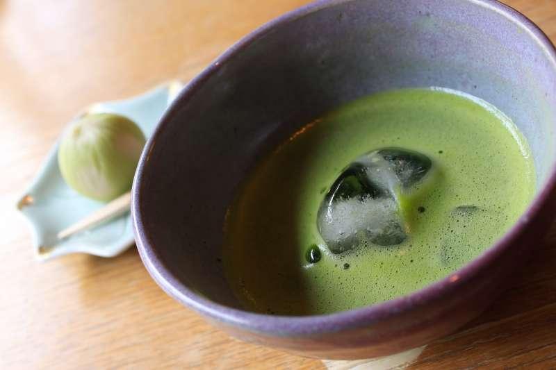 許多年輕一代的日本人假日最愛到西式咖啡店吃甜點、甚至想成為洋菓子師傅,那麼,為何他們不愛和菓子了?(圖/作者提供)