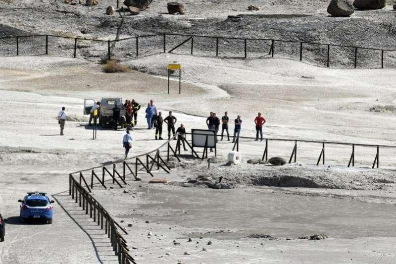義大利索爾法塔拉火山發生1家3人死亡的悲劇。 (美聯社)