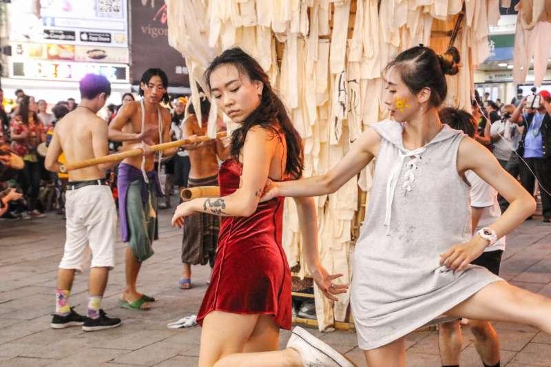 2017-10-09-野青眾於今年9月在西門町舉辦「野獸出籠」遊行。(野青眾提供)