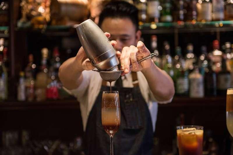 下班想放鬆一下,這些小酒吧最適合。(圖/小城外.珈琲時光@facebook)