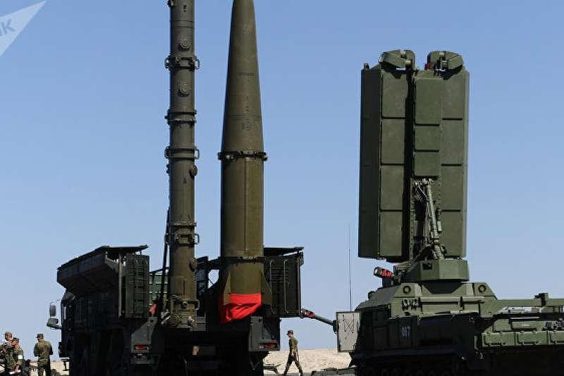 俄國與沙烏地阿拉伯達成有關供應S-400系統等武器的協議。(© SPUTNIK/ SERGEY PIVOVAROV)
