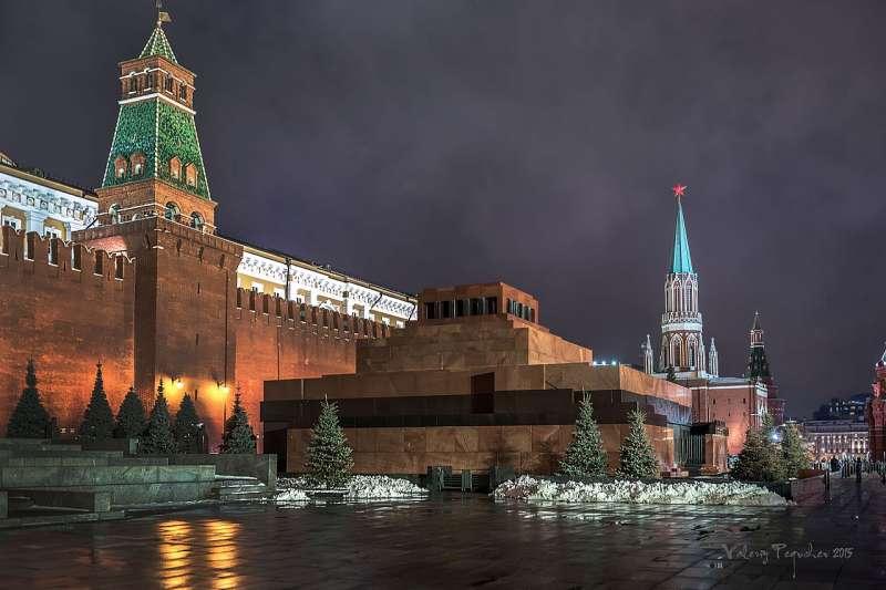 俄羅斯克里姆林宮前的列寧墓。(圖/Valeriy1960@wikipediaCCBYSA4.0)